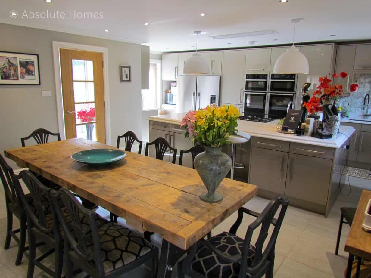Hamilton Close, Teddington, TW11 9LA, kitchen diner 2