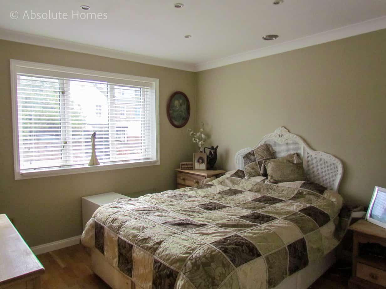 Hamilton Close, Teddington, TW11 9LA, Bed 2