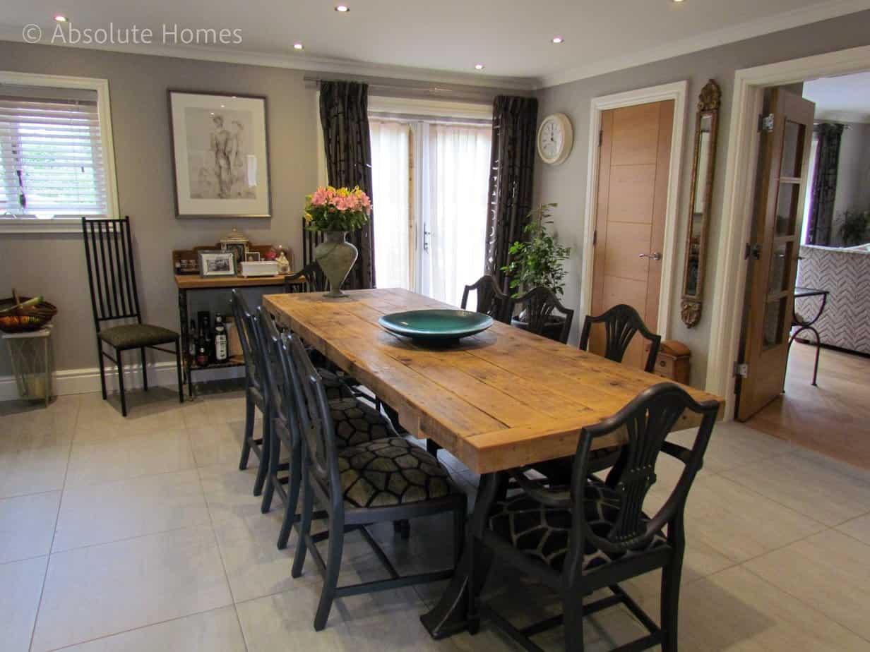 Hamilton Close, Teddington, TW11 9LA, Breakfast Room