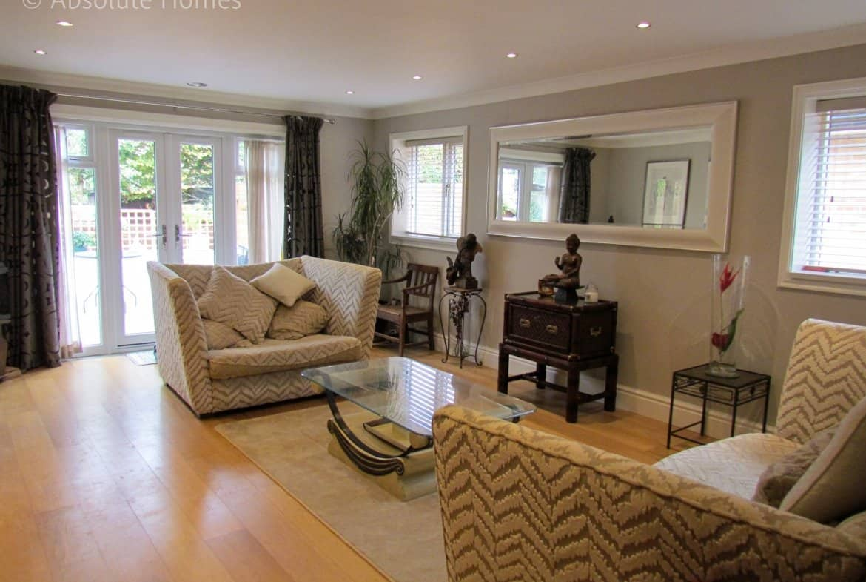 Hamilton Close, Teddington, TW11 9LA, lounge out