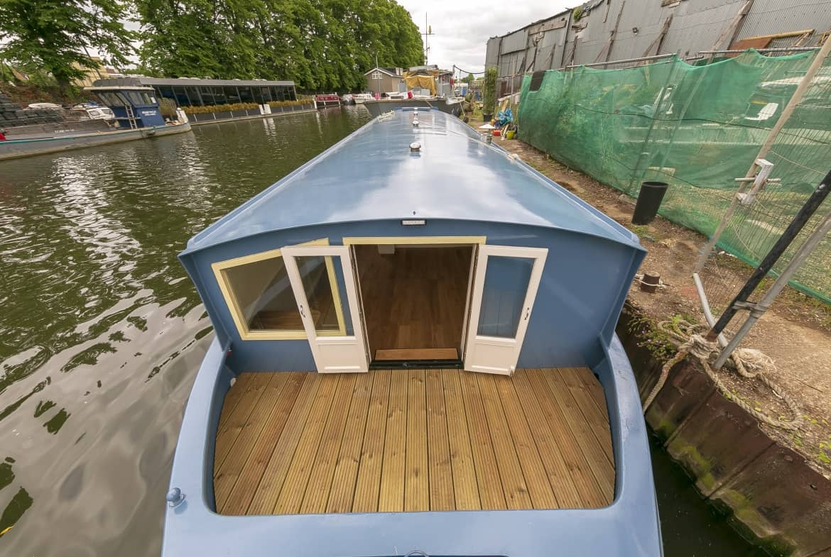 Widebeam-narrowboat-for-sale-Bow-deck-Home-Comforts TW12 2HF