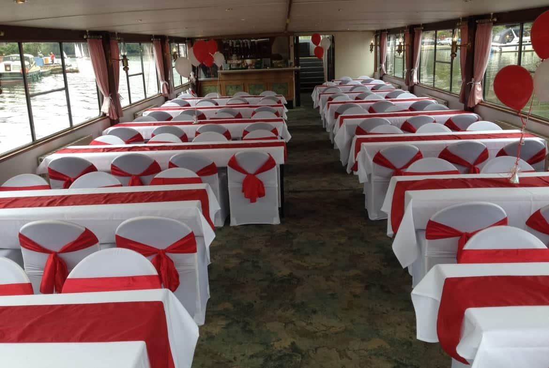 Brissago houseboat - lounge KT12 2JD