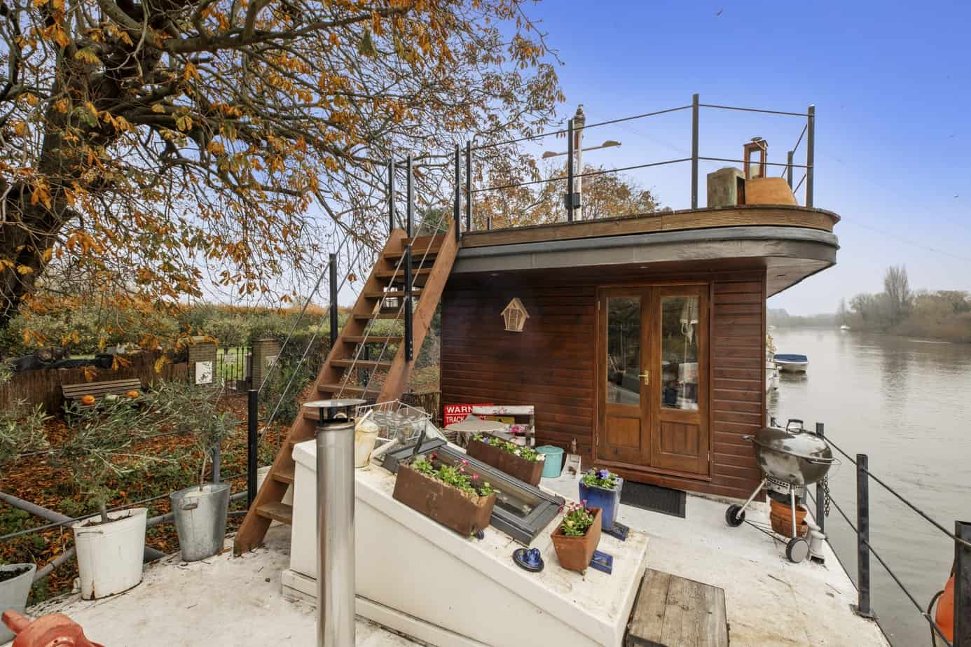 Houseboat for sale - Neo TW17 9NU